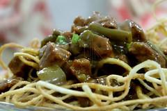 Oyster-Sauce Beef (NoBi CooL) Tags: green vegetables sauce beef crispy noodles cubes oyster foodlove loveisfood loveforfood