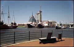 Bremerhaven Analog 2016 (02) (Hans Kerensky) Tags: canon 7 lzos jupiter12 28 35mm lens film dm paradies 200 scanner plustek opticfilm 120 2650ppi bremerhaven museums hafen harbor