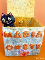 Cats (* Cláudia Helena * brincadeira de papel *) Tags: cats love cat peace amor c paz gatos gato papiermache papermache papelmache cláudiahelena