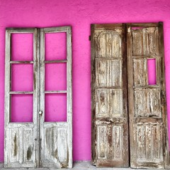 Doors (D. Welsh) Tags: textura mexico arquitectura puerta madera rosa iphone