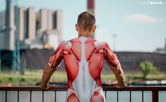 rashguard back (LAZUR tomek pietek) Tags: panorama house man men look station back power view muscle guard anatomy rash rashguard plecy