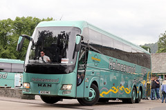 HC15 HWC (Cumberland Patriot) Tags: voyage travel holiday man pier coach group tourist cumbria tri coaches barbi galileo bowness axle carrozzeria rr4 holmeswood hc15hwc