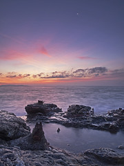 memorabilia (scubaluna) Tags: longexposure morning italien sky nature water landscape outdoors coast daylight seaside scenery mediterranean mood himmel scene calm sonnenaufgang livorno impression tranquil scenics mediterraneansea stimmungsvoll kste toskana wellen langzeitbelichtung watersurface mittelmeer ammeer grauverlaufsfilter relikte lichtstimmung horizonoverwater inselelba erinnerungsstcke scubalunaphotography realebucht iselofelba eisenerzabbau