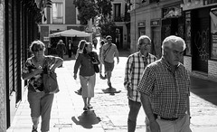 The Look (Jess Simen) Tags: madrid blackandwhite blackwhite streetphotography monochrom plazamayor urbanlife noire