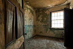 701_5737 (M Falkner) Tags: freeport sanitorium sanitarium hospital nurse nursing nurses residence dorm dormitory housing student medical military civilian tuberculosis tb treatment kitchener ue urbex exploration explore teaching