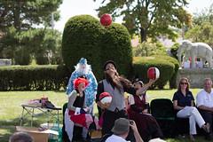 showmens rest. pokeman go (timp37) Tags: pokeman go balls juggling carni showmens rest august 2016 illinois forest park woodlawn cemetary clowns