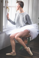 senza titolo-4251-Modifica (daniele_chiara) Tags: italy ballet white home girl beauty photography grey florence dance model glamour ballerina tuscany shooting emotional intimate kidan scarpette chiaradanielephotography