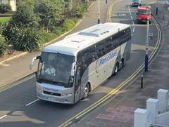 Plan-It Travel of Orpington FJ09XGR (harryjaipowell) Tags: bus volvo kent coach eastbourne plus hayes middlesex eastsussex 9700 prestige orpington royalparade bmcoaches triaxle b12b goldentours c55f fj09xgr planittravel