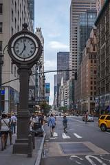 5th Avenu, New York (Oleg.A) Tags: 5thavenu street usa newyork megalopolis