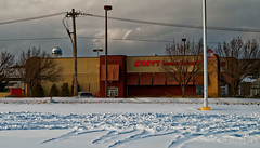 Kerby's n' Shake (Nicholas Eckhart) Tags: usa retail mi america mall us michigan pontiac stores waterford township charter 2015 summitplace