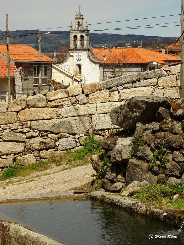Águas Frias (Chaves) - ...tanque de Cimo de Vila ...e igreja matriz ...