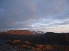 Alpenglow on Slioch (Mr Trekker) Tags: mountains scotland alpenglow munros scottishhighlands wildcamping mountainscenery