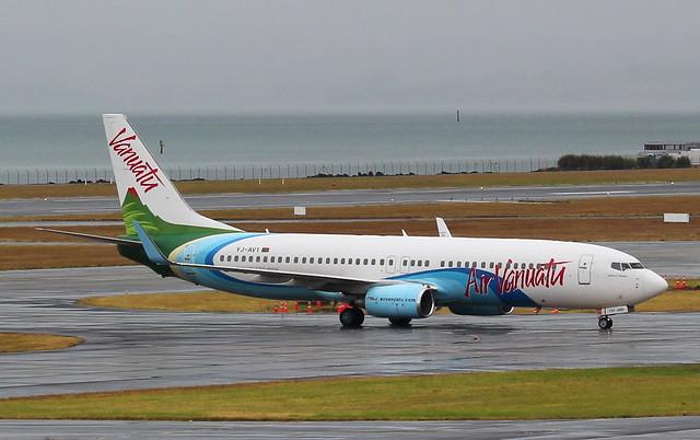 YJ-AV1 Boeing 737 Air VANUATU