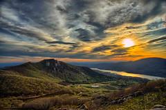 Riscos de Villavieja Flik (gonzalezgonzalezd) Tags: del de atardecer valle norte roja jerte extremadura paisajepanorámico