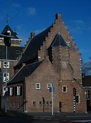 Refugiehuis van Sint-Geertruid 's-Hertogenbosch (Centrum) (Kvnivek) Tags: house netherlands sony den cybershot bosch shertogenbosch noordbrabant