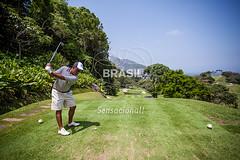 SE_Riodejaneiro0309 (Visit Brasil) Tags: horizontal arquitetura brasil riodejaneiro golf natureza esporte ecoturismo gavea externa sudeste comgente diurna gaveagoldandcountryclub