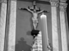 2016-05-21 - Feu Divin (AdminOfPlaygroup) Tags: france noiretblanc corse jesus eglise bougie colonne sarrolacarcopino