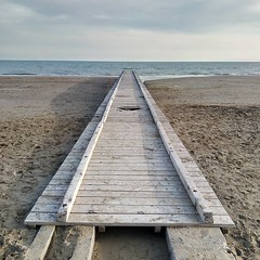direction for freedom (marcobertarelli) Tags: hole prospective geometrical color winter alone calm tranquillit