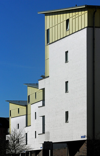"Im Brauereiviertel Kiel (02) • <a style=""font-size:0.8em;"" href=""http://www.flickr.com/photos/69570948@N04/16813475951/"" target=""_blank"">View on Flickr</a>"