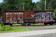???, ???, Acer (BombTrains) Tags: road railroad art by train bench graffiti hostel paint tag graf rail spray southern acer graff freight yikes fr8 gns sode benching 532318