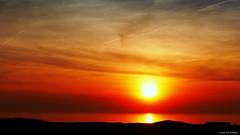 P1030497_bew_signed (jaap spiering   photographer) Tags: sunset sea sky beach nature clouds strand zonsondergang horizon natuur wolken zee denhaag lucht thehague seaview kust luchten kijkduin 070 zeezicht jaapspiering jaapspieringphotographer jaapspieringfotografie