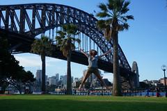 Australie-roadtrip-sydney (20) (a2pasdumonde_voyage) Tags: worldtrip tourdumonde voyage roadtrip frenchtraveler tdm voyageautourdumonde blogvoyage travel australia australie sydney harbour brigde