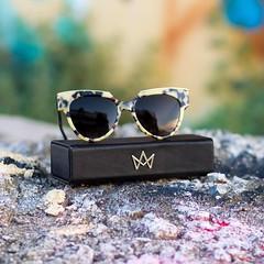 Las Gafas de Sol  son sin duda mi accesorio favorito y siempre las busco de calidad para cuidar mis ojos, y con mucho estilo. As que gracias a @visiona.es he descubierto lo ltimo en diseo ptico, marcas pticas independientes cuyas gafas me (WOWS_) Tags: beauty fashion moda belleza streetstyle