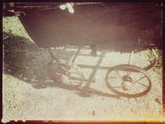 Cyclops (YAZMDG (15,000 images)) Tags: toy rust rusty cyclops crusty pram perambulator babycarriage