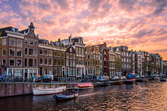 Sunset at Amsterdam (lltasca) Tags: voyage travel sunset sky amsterdam architecture europa europe ciel viagem holanda paysbas solei fleuve hollande amsterdo coucherdusolei