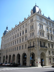 Wiener Rathaus (Vienna City Hall) (Wiebke) Tags: vienna wien sterreich austria europe architecture architektur wienerrathaus rathaus viennacityhall neogothic neogothicarchitecture cityhall