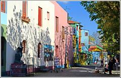 Calle Caminito (Totugj) Tags: argentina la calle buenosaires nikon cityscape urbano 1855mm nikkor boca urbanismo urbanscape caminito urbe sudamrica d5100