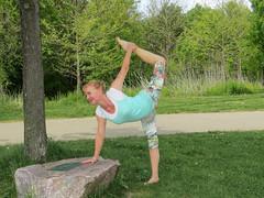 Dancer Pose (Shar Ka) Tags: yoga split stretching flexibility downwarddog armbalance yogaposes ashtavakrasana