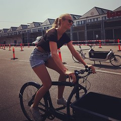 The Girlfriend @veloliv testing a #Bullitt at the #svajerlb #cargobike race in #copenhagen (Mikael Colville-Andersen) Tags: square squareformat rise iphoneography instagramapp uploaded:by=instagram