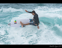 Pipeline Surfer Series 0837 (Hamilton Images) Tags: beach canon hawaii surf waves oahu famous january surfing northshore surfers 500mm banzaipipeline ehukaibeachpark 2015 14xteleconverter img0837 7dmarkii