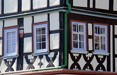 (:Linda:) Tags: window germany four town thuringia halftimbered fachwerk themar andreaskreuz cruxdecussata standrew´scross