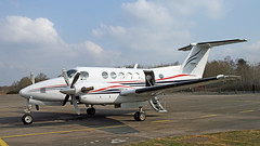 G-BVMA BEECH 200 SUPER KING AIR (BIKEPILOT) Tags: flying airport aircraft aviation aeroplane airfield aerodrome blackbushe eglk gbvma beech200superkingair dragonflyaviation