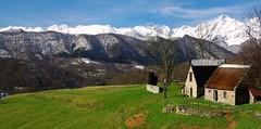 Cominac (Ariège/Pyrénées) (PierreG_09) Tags: montagne neige grange pyrénées pirineos ariège pignon redan valier couserans ercé cominac redent pasdoiseau