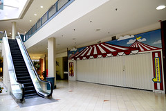 Step Right Up... ([jonrev]) Tags: chicago retail last mall shopping out dead lost store closed empty failure going center days business american vacant lincoln shops decline department matteson deadmall