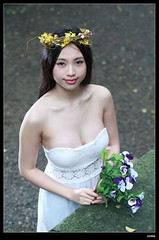nEO_IMG_DP1U5019 (c0466art) Tags: light portrait white flower girl beautiful face female forest canon eyes asia pretty outdoor body good gorgeous goddess figure attractive charming gym pure 1dx c0466art