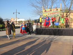 IMG_3367 (foodbyfax) Tags: phoenix cosplay superman batman supergirl rogue superboy gambit kittypryde heroesallianceohio