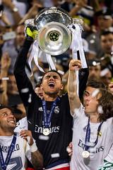 Real Madrid vs Atltico (Real Madrid CF) Tags: italy milan ita celebrationjoyhappinesstrophy