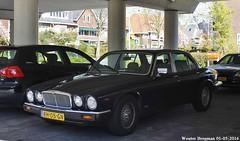 Jaguar Sovereign V12 1986 (XBXG) Tags: auto old uk england holland classic netherlands car vintage automobile nederland voiture british jaguar 1986 paysbas engeland sovereign ancienne v12 overveen jaguarsovereign anglaise rh05gn