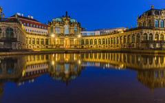 Zwinger @ Dresden (Marcel Tuit | www.marceltuit.nl) Tags: city travel blue camping winter light holiday cold reflection lamp architecture canon germany deutschland eos dawn dresden zwinger vakantie twilight europa europe blauw dusk saxony nederland palace sachsen 7d mooi bluehour oldtown geel elbe stad buiten architectuur kamperen duitsland landschap schemering paleis koud barok reflectie badschandau blauestunde saxonswitzerland binnenstad dageraad sachsischeschweiz bohemianswitzerland saksen bohemischeschweiz rococostyle freistaatsachsen marceltuit saksischzwitserland blauwuur vrijstaatsaksen contactmarceltuitnl wwwmarceltuitnl