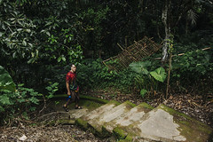 Gunung Kawi temple (Marina Nozyer) Tags: bali green grass palms indonesia temple outdoor jungle gunung hindu tampak kawi siring hinduist tanpaksiring