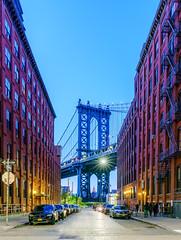 A bridge at dusk (^Baobab^) Tags: nyc newyorkcity skyline brooklyn cityscape manhattan sony brooklynbridge empirestatebuilding newyorkstate nycnight brooklynbridgepark tamronusa withmytamron tamronsp1530 sonya7r2 sonya7riiwithefmountlens