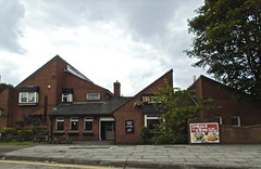 The Rocket - Broadgreen, Liverpool. (garstonian11) Tags: liverpool pubs merseyside higsons broadgreen
