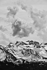 (Walls Fall Down) Tags: bw mountains schweiz switzerland suisse berge sw svizzera vierwaldstttersee ausblick rigi gipfel summits