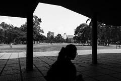 (Ivn Rubn) Tags: city light shadow urban bw luz monochrome contrast contraluz landscape cu time n shapes ciudad places sombra paisaje textures lugares rincones contraste instant urbano gloom formas texturas backlighting corners tiempo instante penumbra monocromtico geometras geometries