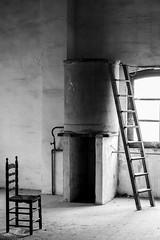 Escalera y silla (lumior) Tags: viaje espaa escalera silla es comunidadvalenciana sueca molinodearroz