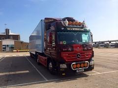 (lewmanuk) Tags: truck mercedes trucks trucking removals v6 coles dutchstyle orangelights haulage mercedestruck actros uktrucks mercedesactros removaltruck hollandstyle uktrucking londontruck